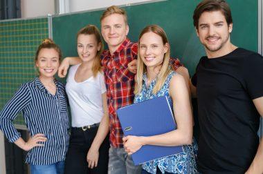 Stand up, students!  – ein Projekt zur Förderung einer stehfreundlichen Lehr- und Lernkultur am Karlsruher Institut für Technologie (KIT)